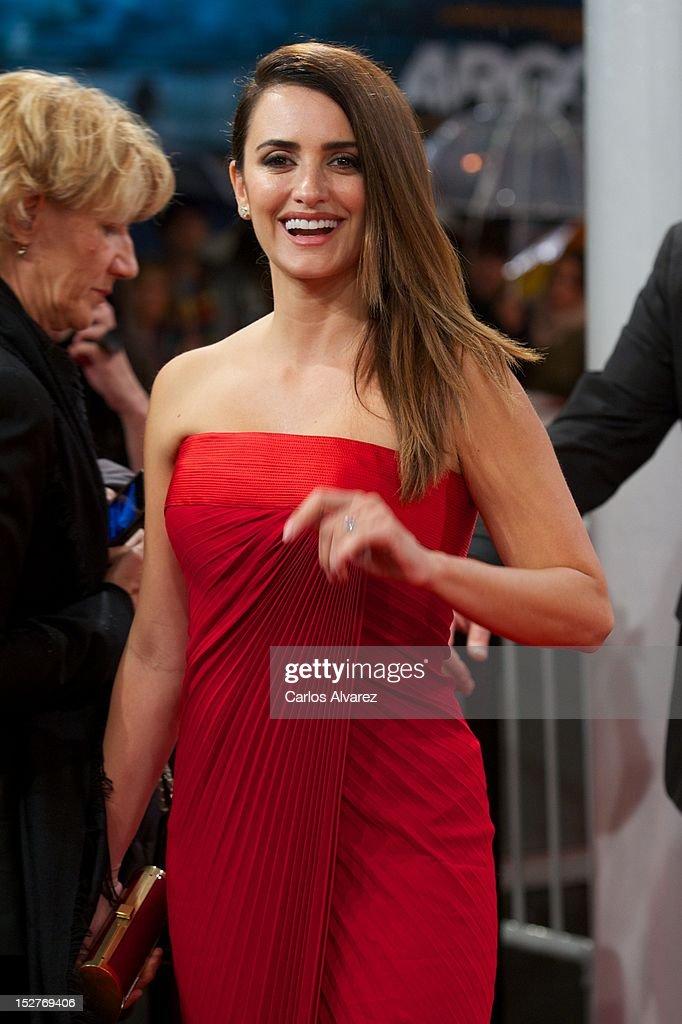 Spanish actress Penelope Cruz attends the 'Venuto al Mondo' (Volver A Nacer) premiere at the Kursaal Palace during the 60th San Sebastian International Film Festival on September 25, 2012 in San Sebastian, Spain.