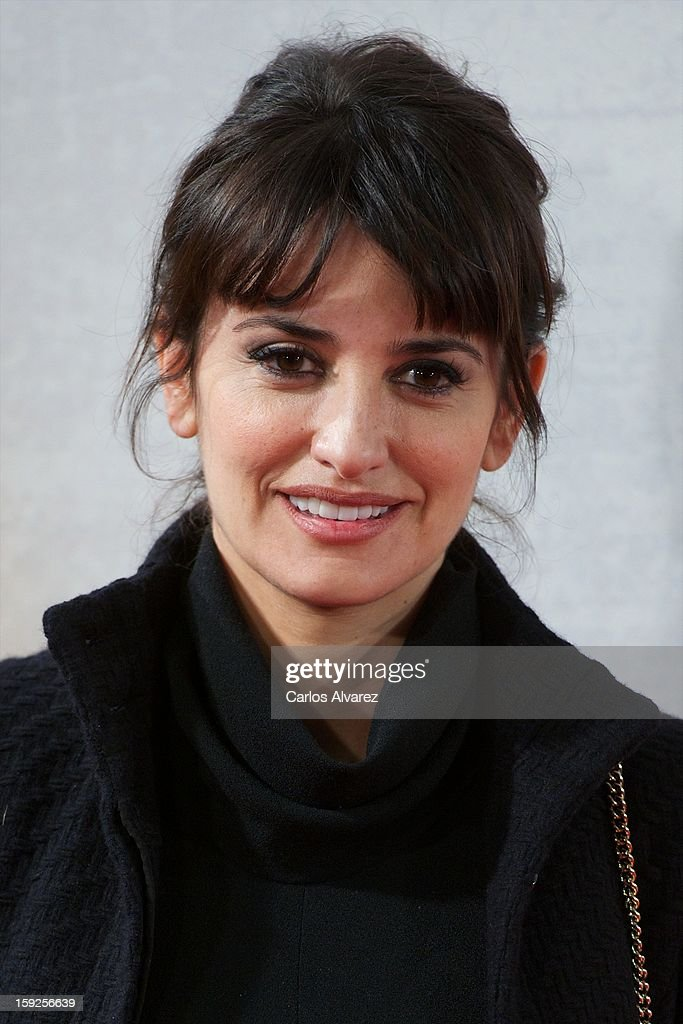 Spanish actress Penelope Cruz, wearing a Chanel Vintage dress, attends 'Venuto Al Mondo' (Volver A Nacer) premiere at Capitol cinema on January 10, 2013 in Madrid, Spain.