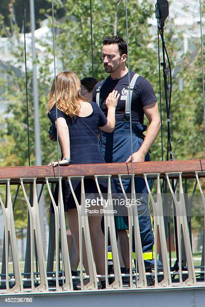 Spanish actress Teresa Hurtado and actor pablo Puyol attend the 'Cita a Ciegas' filming at 'Madrid Rio' on July 16 2014 in Madrid Spain