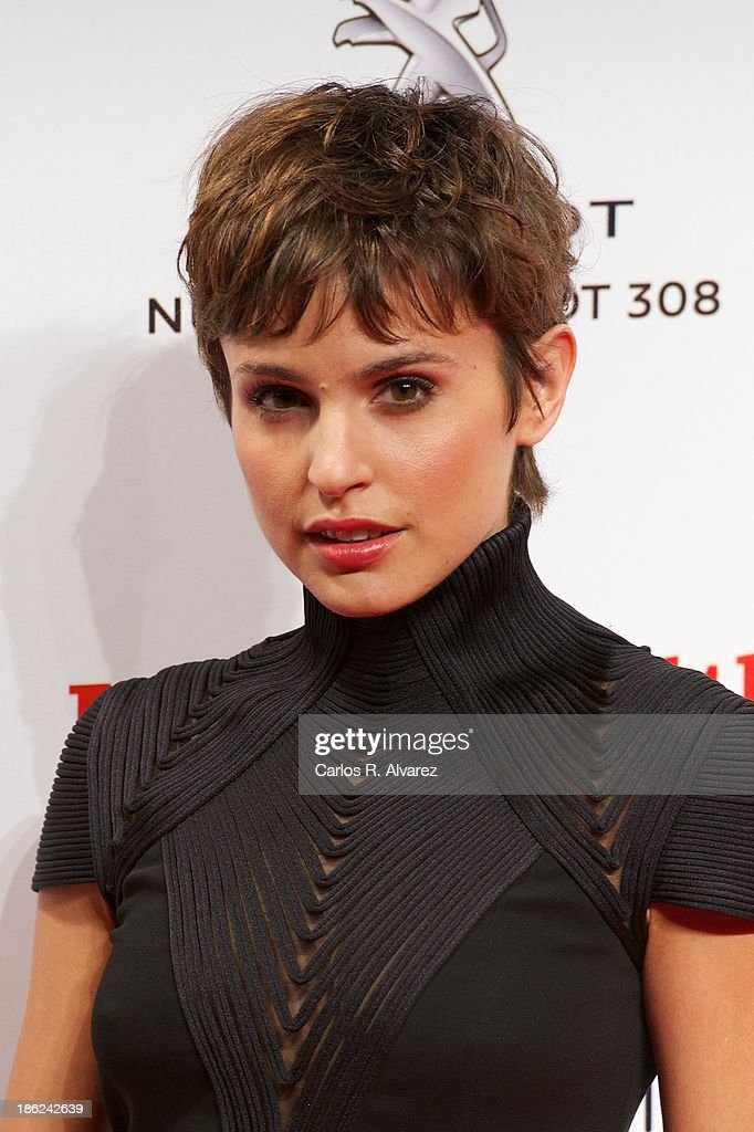 Spanish actress <a gi-track='captionPersonalityLinkClicked' href=/galleries/search?phrase=Veronica+Echegui&family=editorial&specificpeople=3967649 ng-click='$event.stopPropagation()'>Veronica Echegui</a> attends Men's Health Awards 2013 at the Canal Theater on October 29, 2013 in Madrid, Spain.