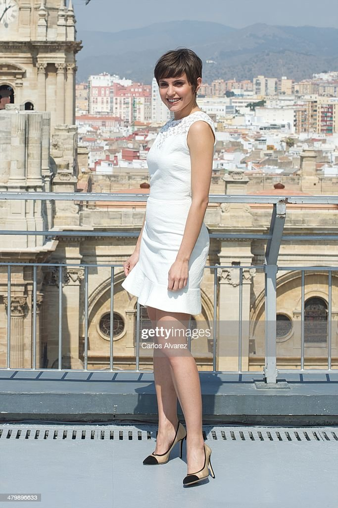 Spanish actress <a gi-track='captionPersonalityLinkClicked' href=/galleries/search?phrase=Veronica+Echegui&family=editorial&specificpeople=3967649 ng-click='$event.stopPropagation()'>Veronica Echegui</a> receives the L'Oreal Beauty award during the 17th Malaga Film Festival at the AC Hotel on March 21, 2014 in Malaga, Spain.