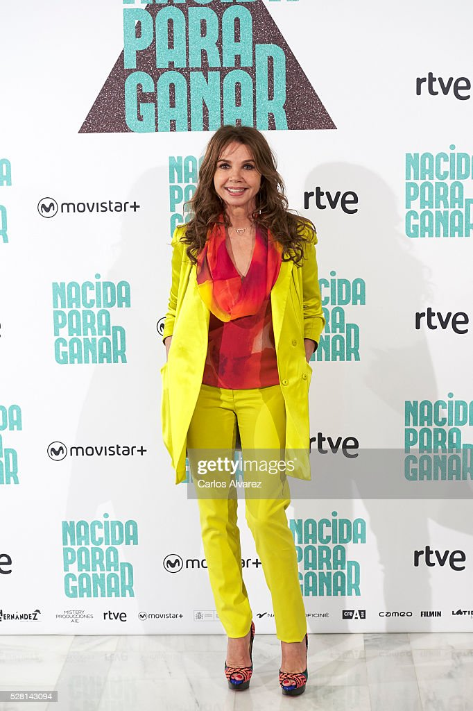 Spanish actress <a gi-track='captionPersonalityLinkClicked' href=/galleries/search?phrase=Victoria+Abril&family=editorial&specificpeople=211257 ng-click='$event.stopPropagation()'>Victoria Abril</a> attends 'Nacidas Para Ganar' photocall at the Eurobuilding Hotel on May 04, 2016 in Madrid, Spain.