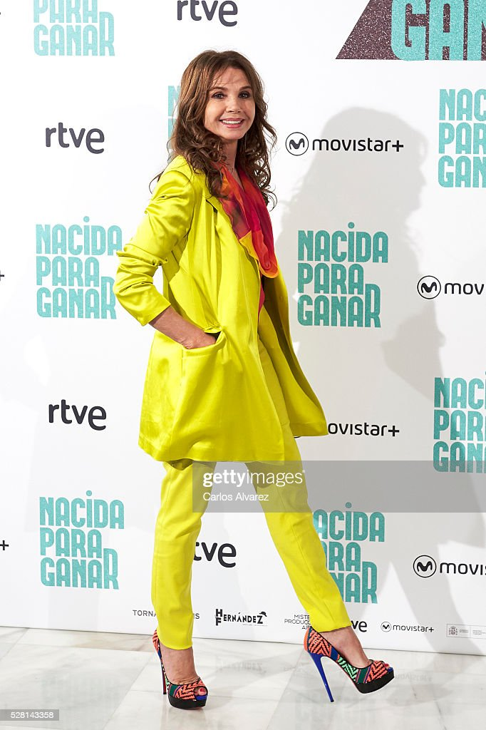 Spanish actress Victoria Abril attends 'Nacidas Para Ganar' photocall at the Eurobuilding Hotel on May 04, 2016 in Madrid, Spain.