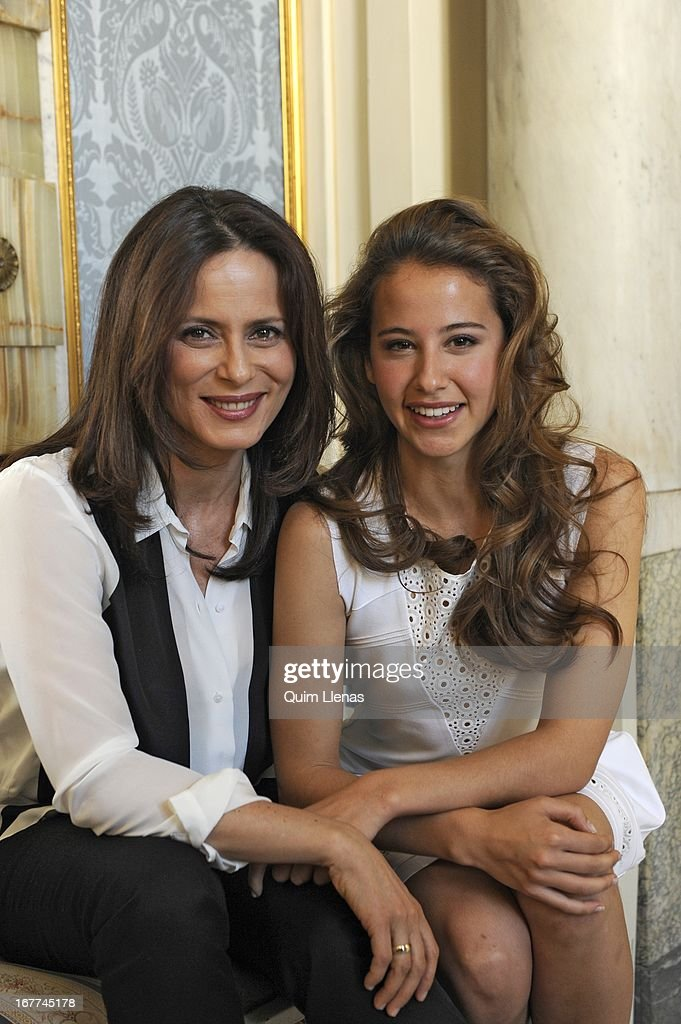 Spanish actresses (L-R) <a gi-track='captionPersonalityLinkClicked' href=/galleries/search?phrase=Aitana+Sanchez+Gijon&family=editorial&specificpeople=5514782 ng-click='$event.stopPropagation()'>Aitana Sanchez Gijon</a> and Irene Escolar pose for a photo shoot after the press conference for 'La Chunga' play at Espanol Theatre on April 24, 2013 in Madrid, Spain.