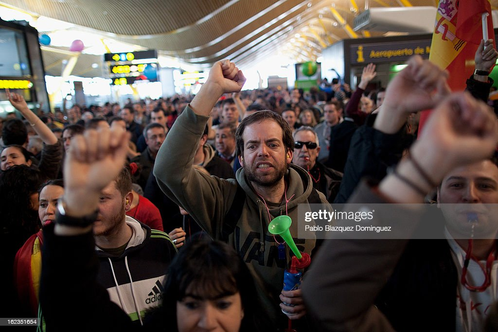 Spanish Airline Iberia staff shout slogans during a protest against job cuts at Barajas Airport on February 22, 2013 in Madrid, Spain. Today is the last of a five day strike held by Iberia cabin crew, maintenance workers and ground staff in response to the planned loss of 3,800 jobs. The strike has resulted in the airline having to cancel 400 flights this week with unions planning more five day strikes in the following weeks.