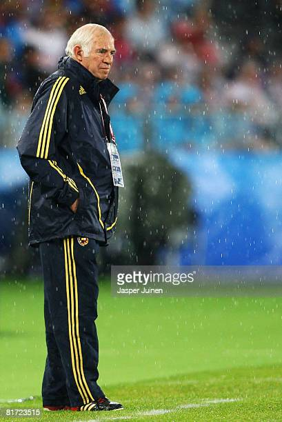 Spanish coach Luis Aragones during the UEFA EURO 2008 Semi Final match between Russia and Spain at Ernst Happel Stadion on June 26 2008 in Vienna...