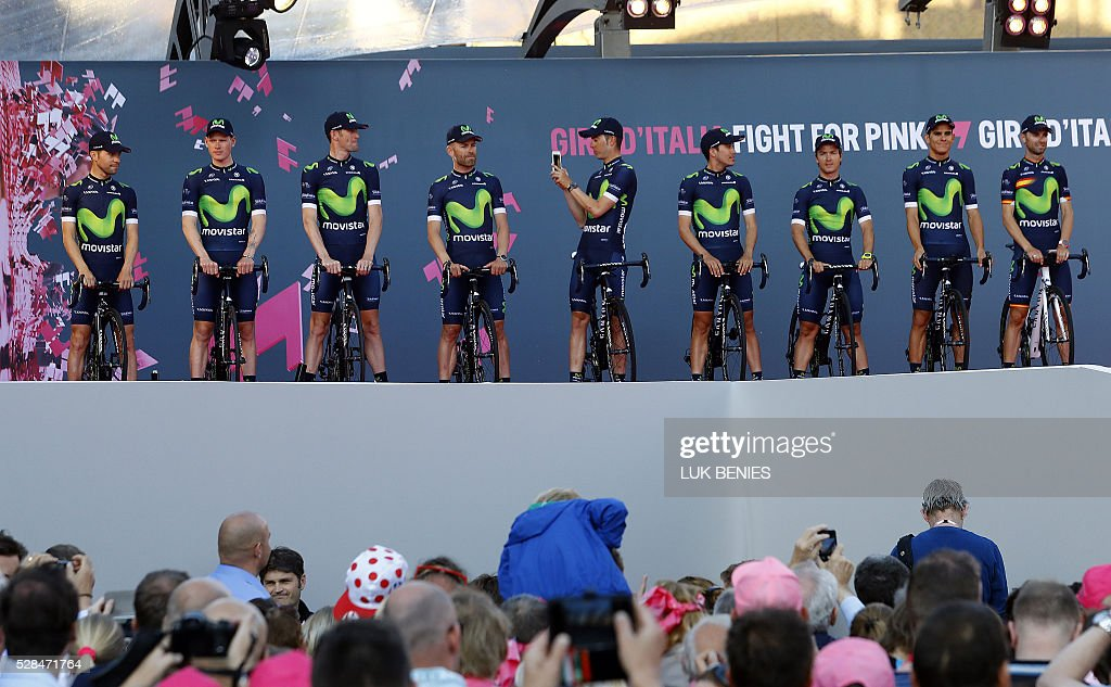 Spanish cycling team Movistar stand in line during the team presentation for the 99th Giro d'Italia (Tour of Italy) on May 5, 2016 in Apeldoorn. / AFP / LUK
