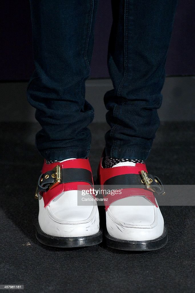 Spanish designer Miranda Makaroff (shoes detail) attends the 'The Physician' (El Medico) premiere at the Callao Cinema on December 19, 2013 in Madrid, Spain.