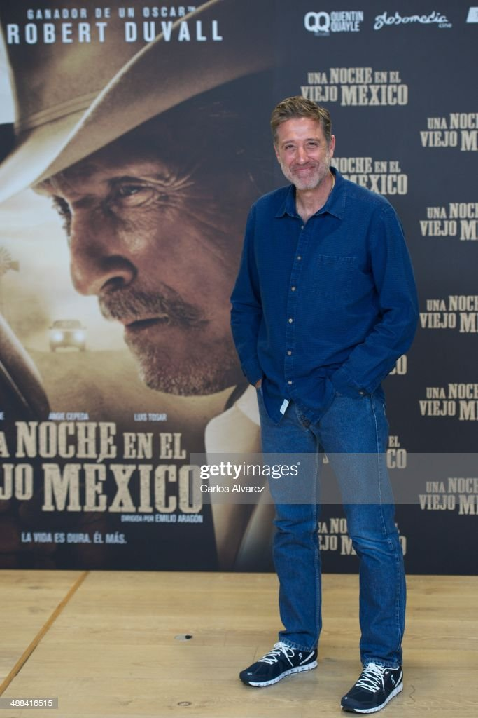 Spanish director <a gi-track='captionPersonalityLinkClicked' href=/galleries/search?phrase=Emilio+Aragon&family=editorial&specificpeople=3754665 ng-click='$event.stopPropagation()'>Emilio Aragon</a> attends the 'A Night in Old Mexico' (Una Noche en el Viejo Mexico) photocall at the Telefonica Foundation on May 6, 2014 in Madrid, Spain