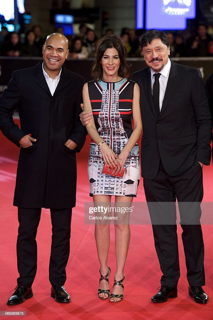 Spanish director Santiado Zannou (L), Spanish actress <a gi-track='captionPersonalityLinkClicked' href=/galleries/search?phrase=Cecilia+Gessa&family=editorial&specificpeople=8612295 ng-click='$event.stopPropagation()'>Cecilia Gessa</a> (C) and Spanish actor <a gi-track='captionPersonalityLinkClicked' href=/galleries/search?phrase=Carlos+Bardem&family=editorial&specificpeople=3964687 ng-click='$event.stopPropagation()'>Carlos Bardem</a> attend the 'Feroz' cinema awards 2014 at the Callao cinema on January 27, 2014 in Madrid, Spain.