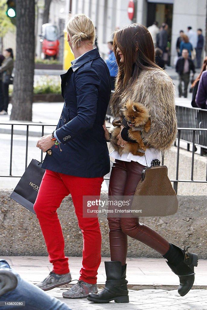 Spanish football player Jose Maria Gutierrez Guti and his girlfriend Argentinian Tv presenter Romina Belluscio are seen with their pet dog on April...