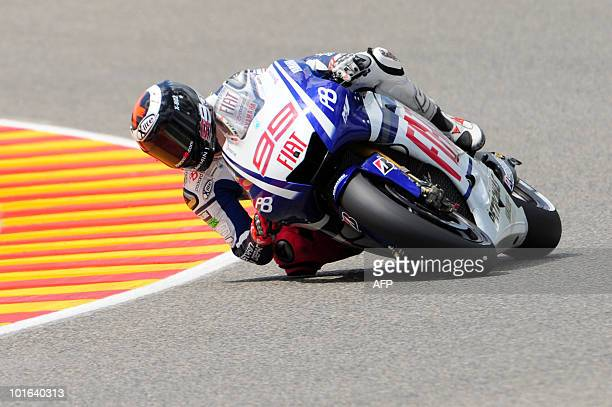 Spanish Jorge Lorenzo of Yamaha team takes a bend in the MotoGP qualification practice of the Italian Grand Prix at Mugello track on June 05 2010...