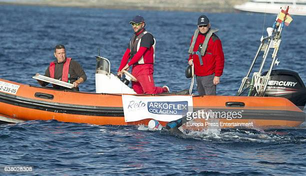 Spanish long distance swimmer David Meca swims to cross the strait of Gibraltar from the southern Spanish tip of Tarifa to Tangiers in Morocco in 3...