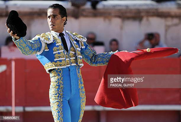 Spanish matador Ivan Fandino receives an ovation on May 17 2013 during the Nimes Pentecost Feria in Nimes southwestern France AFP PHOTO / PASCAL GUYOT