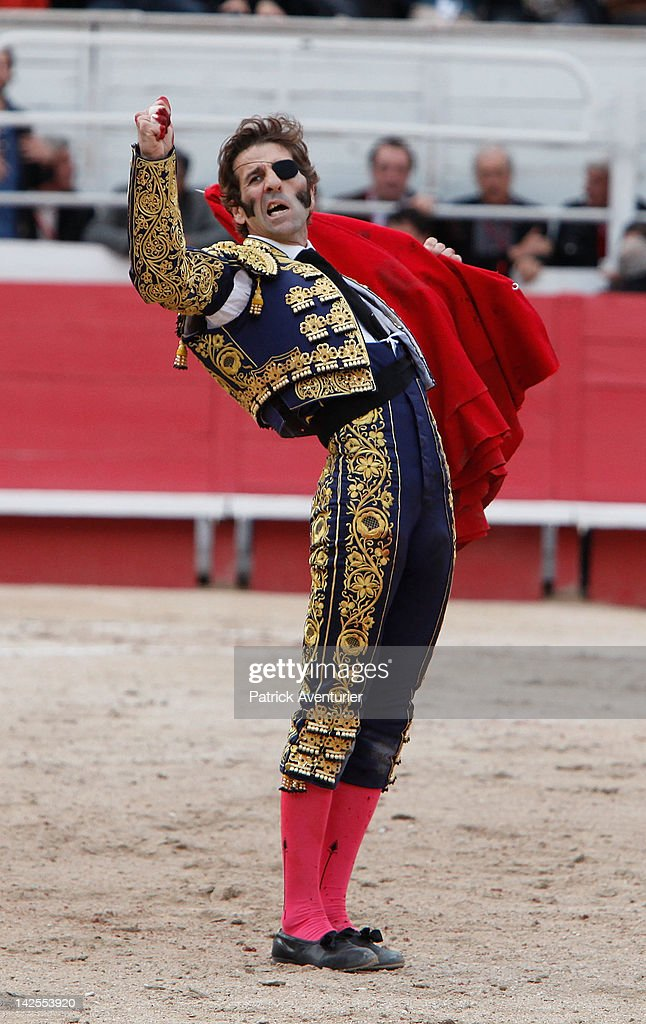 Bullfights: Feria D Arles 2012