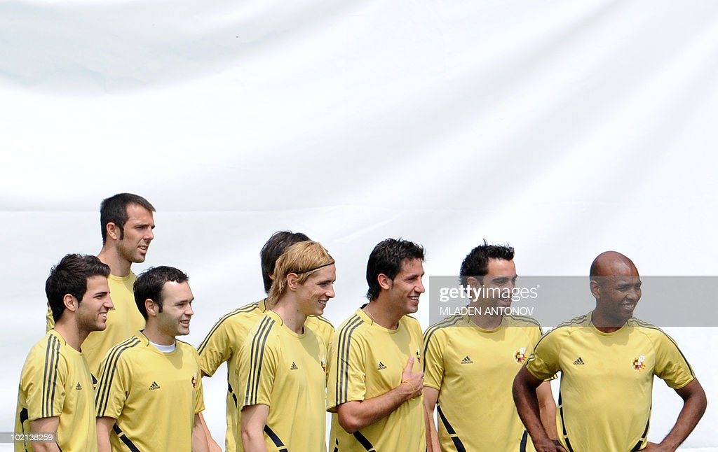 Spanish midfielder Cesc Fabregas, midfielder Andres Iniesta, forward Fernando Torres defender Joan Capdevila, midfielder Xavi Hernandez and midfielder Marcos Senna practice during a training session at Franz Horr stadium in Vienna on June 27, 2008. Spanish national football team coach Luis Aragones quoted former England striker Gary Lineker after his side thrashed Russia 3-0 to set up a Euro 2008 final against Germany on June 29, 2008 in Vienna.