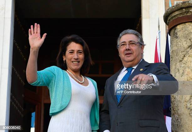 Spanish Minister of Interior Juan Ignacio Zoido poses with Portuguese Minister of Interior Constança Urbano de Sousa before a meeting at the 'Archivo...