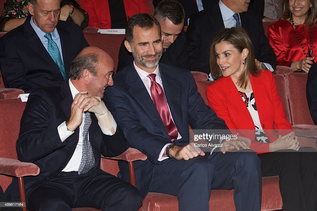Spanish minister of the Economy and Finance <a gi-track='captionPersonalityLinkClicked' href=/galleries/search?phrase=Luis+de+Guindos&family=editorial&specificpeople=8756055 ng-click='$event.stopPropagation()'>Luis de Guindos</a>, King Felipe VI of Spain and Queen Letizia of Spain attend the CSIC 75th anniversary event on November 24, 2014 in Madrid, Spain.