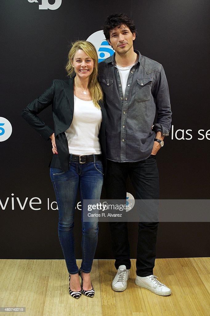 ¿Cuánto mide Belén Rueda? - Altura Spanish-model-andres-velencoso-and-spanish-actress-belen-rueda-bb-picture-id483740215