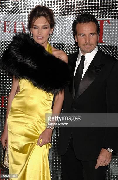 Spanish model Nieves Alvarez and husband attends the TELVA Magazine Awards at Reina Sofia Museum on October 18 2005 in Madrid Spain