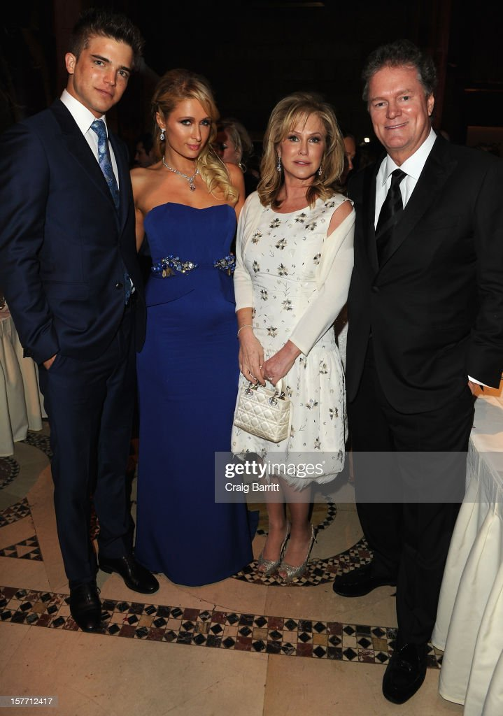 Spanish model River Viiperi, Paris Hilton, Kathy Hilton and Rick Hilton attend European School Of Economics Foundation Vision And Reality Awards on December 5, 2012 in New York City.