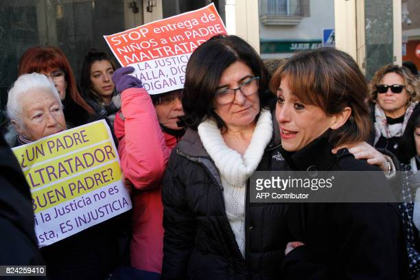 Spanish mother Juana Rivas stands during a protest in front of Maracena Town Hall on December 20 2016 Juana Rivas a woman in her mid30s from Maracena...
