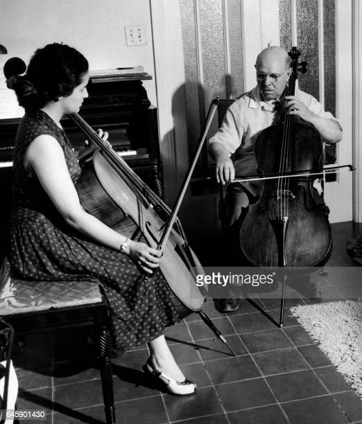 Spanish musician Pablo Casals gives a lesson to his pupil Martina Montanez in his home in San Juan in 1956 Pablo Casals married Martina Montanez 03...
