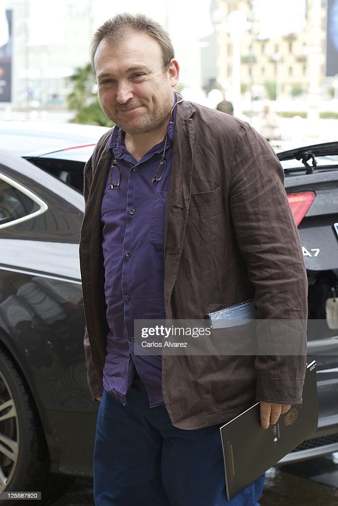 Spanish painter Miquel Barcelo arrives at the Maria Cristina Hotel during the 59th San Sebastian International Film Festival on September 18 2011 in...