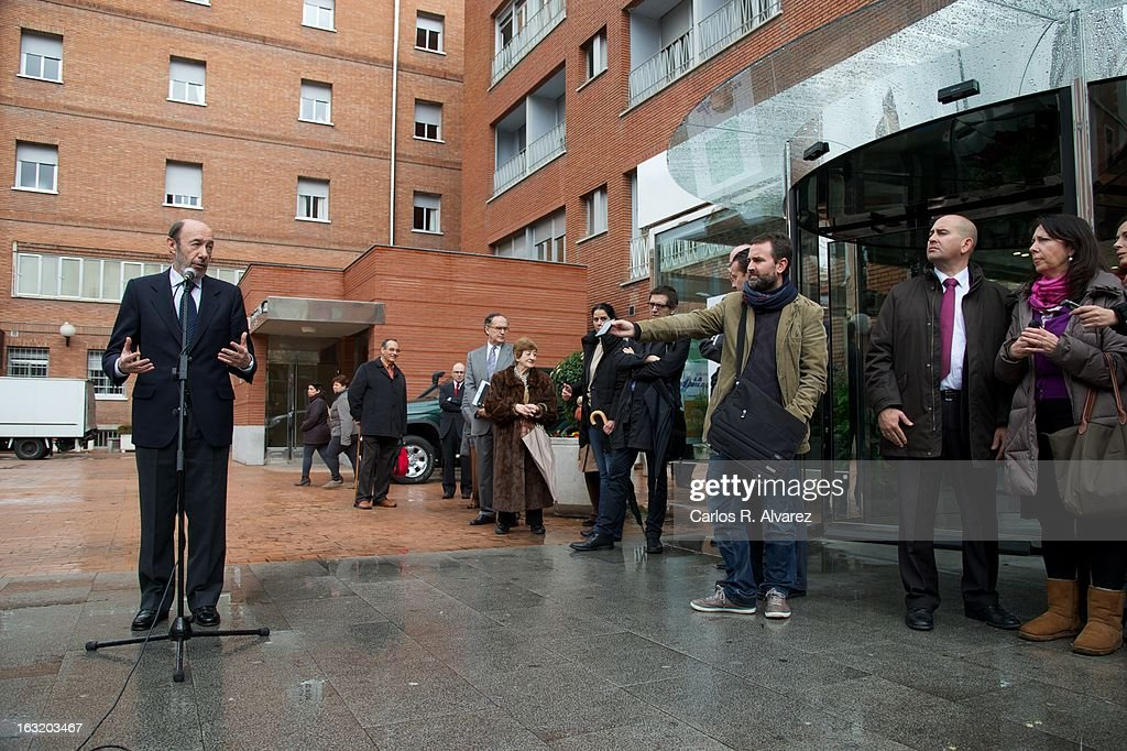 Spanish politician Alfredo Perez Rubalcaba speaks to press after his visit to King Juan Carlos of Spain at La Milagrosa Hospital on March 6 2013 in...