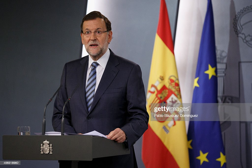 Spanish Prime Minister Mariano Rajoy speaks during a press conference after a gabinet meeting at Moncloa Palace on September 29, 2014 in Madrid, Spain. Spanish Government held an emergency cabinet meeting in reaction to the regional decree signed by Catalonia's President Artur Mas to call for a self-determination referendum from Spain on November 9.