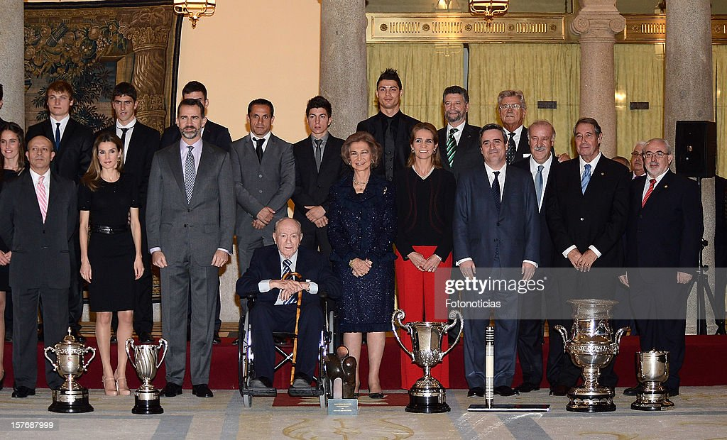 Spanish Royal family members and award recipients pose for group picture during the National Sports Awards ceremony at El Pardo Palace on December 5, 2012 in Madrid, Spain