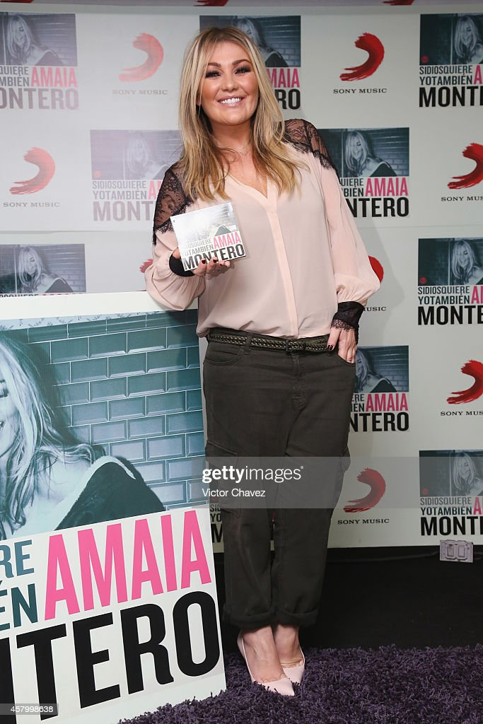 Spanish singer Amaia Montero attends a press conference to promote her new album 'Si Dios Quiere Yo Tambien' at Sony Music on October 28, 2014 in Mexico City, Mexico.