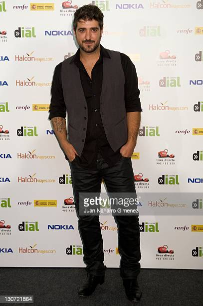 Spanish Singer Antonio Orozco attends 'Lo Mejor de Aqui y de Alli' 2011 Gala by Cadena Dial Radio Station at Palacio de los Deportes on October 28...