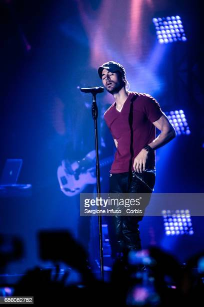 Spanish singer Enrique Iglesias performs on stage at Mediolanum Forum of Assago on May 20 2017 in Milan Italy