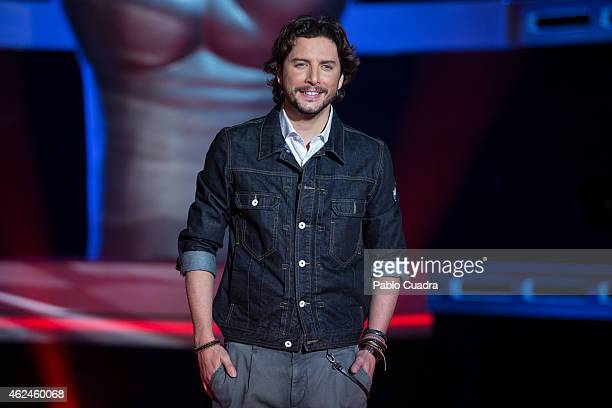 Spanish singer Manuel Carrasco poses during a photocall to present 'La Voz Kids' at 'Picasso' studios on January 29 2015 in Madrid Spain