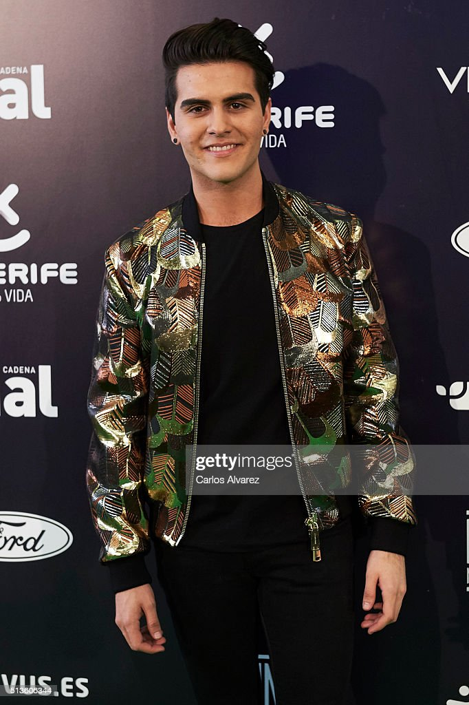 Spanish singer Maverick attends the 'Cadena Dial' 2015 awards press room at the Recinto Ferial on March 3, 2016 in Tenerife, Spain.