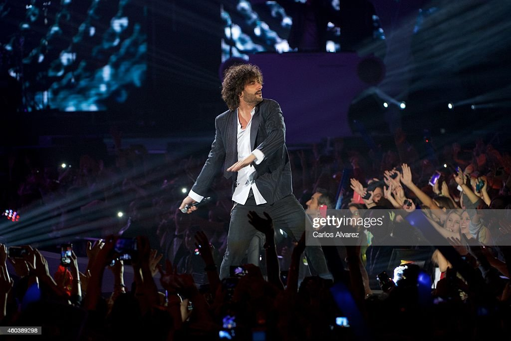 Spanish singer Melendi performs on stage during the '40 Principales' awards 2013 ceremony at the Barclaycard Center on December 12 2014 in Madrid...