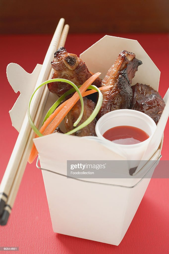 Spare ribs with sauce, close up : Stock Photo