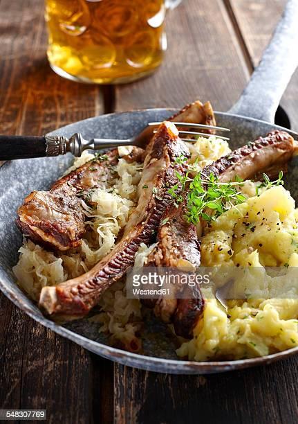 Cuisine allemande photos et images de collection getty - Marque cuisine allemande ...