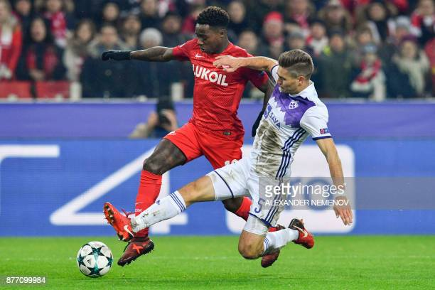 Spartak Moscow's forward from Netherlands Quincy Promes and Maribor's midfielder from Slovenia Blaz Vrhovec vie for the ball during the UEFA...