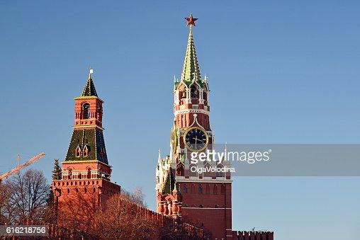 Spasskaya and Nabatnaya tower of Moscow Kremlin, Russia : Stockfoto