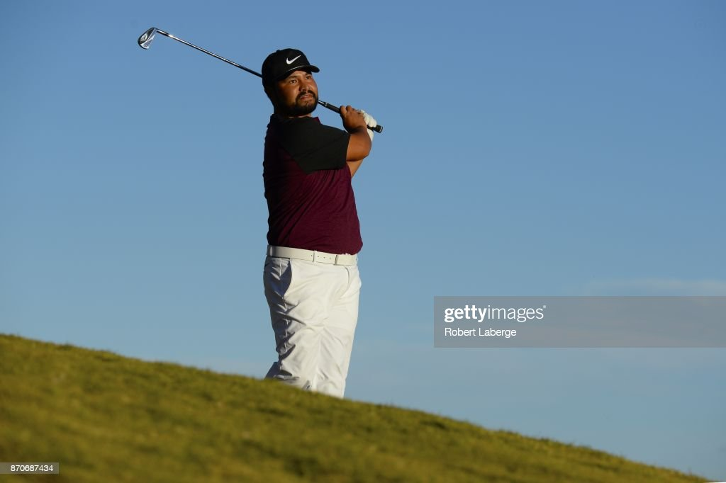 J.J. Spaun hits his third shot, out of the rough, on the 18th hole during the final round of the Shriners Hospitals For Children Open at the TPC Summerlin on November 5, 2017 in Las Vegas, Nevada.