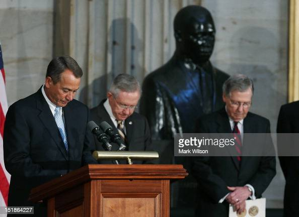 Speaker of the House John Boehner Senate Majority Leader Harry Reid and Senate Minority Leader Mitch McConnell conduct a moment of silence for US...