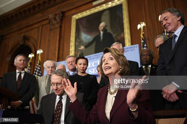 US Speaker of the House Nancy Pelosi makes remarks before signing the energy bill with Senate Majority Leader Harry Reid and congressional leaders 18...