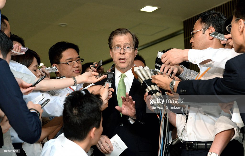 U.S. Special envoy for North Korea Glyn Davies is surrounded by reporters after a meeting with his Japanese counterpart Shinsuke Sugiyama at Foreign Ministry on May 16, 2013 in Tokyo, Japan. Davies responds on surprise visit to North Korea by Isao Iijima, an adviser to Japanese Prime Minister Shinzo Abe.