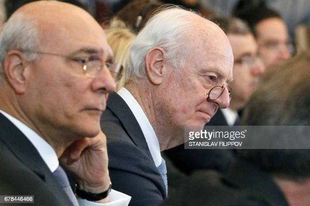 Special Envoy for Syria Staffan de Mistura attends the fourth round of Syria peace talks in Astana on May 4 2017 / AFP PHOTO / Stanislav FILIPPOV /...