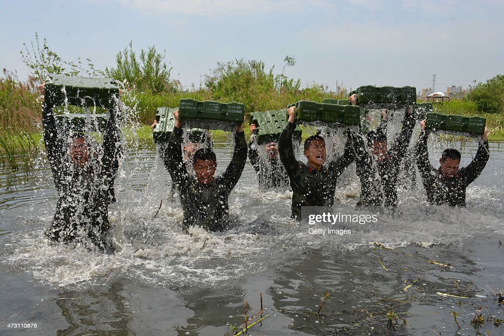 Chuzhou China  City pictures : , 2015 in Chuzhou, Anhui province of China. Armed soldiers of Chuzhou ...