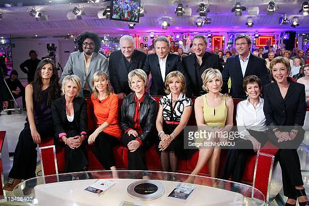 'Special Meteo' On 'Vivement Dimanche' Tv Show In Paris France On April 29 2009 Tania Young Sophie Davant Florence Klein Nathalie Rihouet Fabienne...