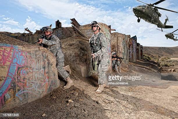 Les opérations militaires soldat de prendre des positions