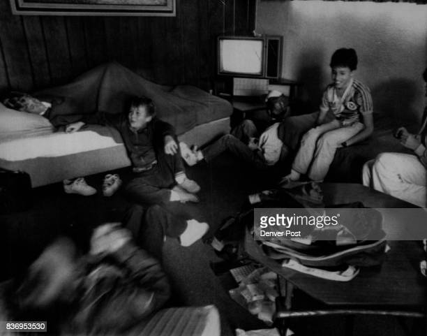 Special to the Denver Post Jan 27 1986 Attn Kate Glassner 'The Colorado Kids' camped out in a hotel room after the space shuttle launch was delayed...